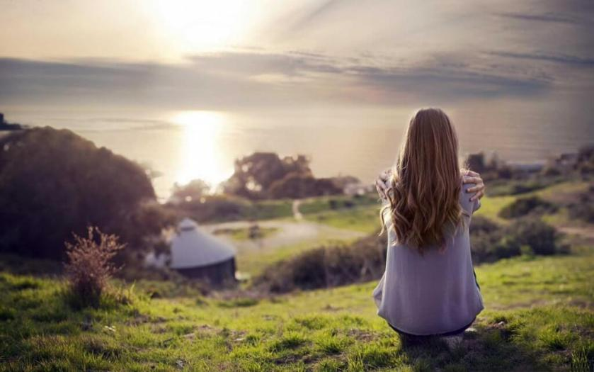 Girl-Alone-thinking